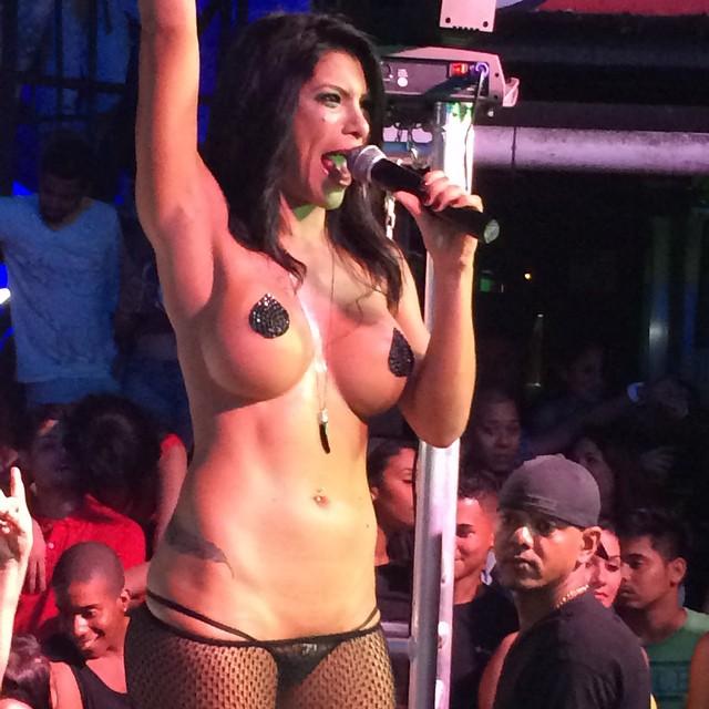 Lesbico de las chicas de la sala luxx en el feda 2015 - 3 part 3
